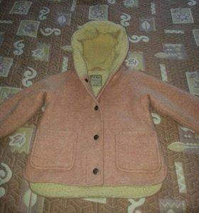 Пальто на девочку 3_4 года