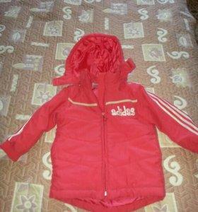 Куртка на девочку 3.4 года