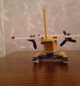 Лего самолёт