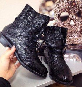 ботинки весна 39,41 размер