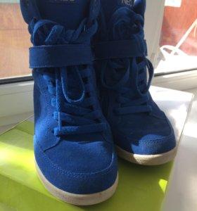 Полуботинки Adidas Neo