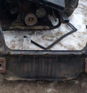 Hyundai Sonata ef панель задка