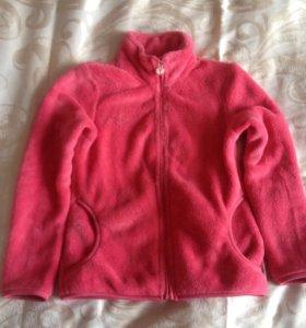 Куртка плюшевая,теплая.Рост 122.Новая.