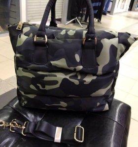 Новая сумка Valentino хаки