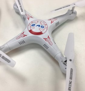 Квадрокоптер дрон с камерой на ДУ