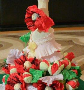 """Подарок из конфет """"Маки"""""""