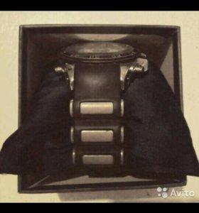 Продаю часы WEIDE WH-62