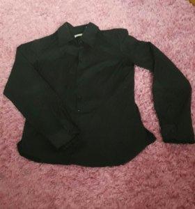 Классическая черная рубашка