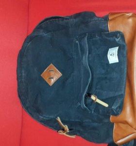 Рюкзак фирменный Heritage в отличном состоянии
