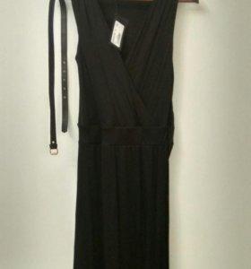 Платье Armand Basi новое 44(S)