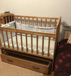 детская кроватка маятник с ящиком для вещей