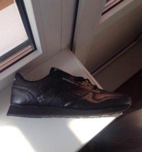 Кроссовки мужские reebok, adidas