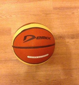 Новый баскетбольный мяч ( размер 5)