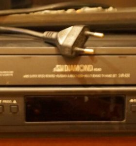 Видеомагнитофон Samsung SVR-650