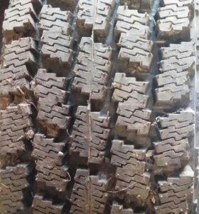 Комплект резины с дисками 175/75/R13 и 255/70/R16
