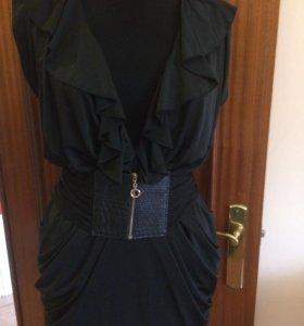 Moschino платье 👗