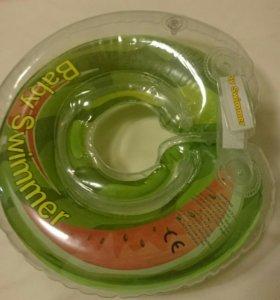 Круг на шею Baby swimmer + игрушки для купания