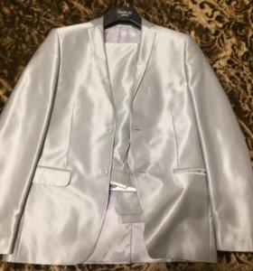 Костюм + рубашка