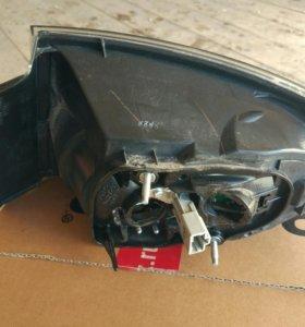 Mazda 3 задний фонарь
