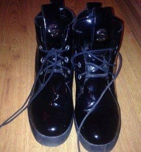 Осенняя обувь, срочно за 600
