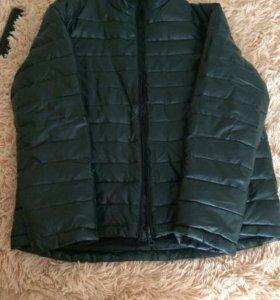 Продам куртку в хорошем состоянии ,потертостей нет