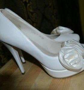Туфли, натуральная кожа, 38 рр