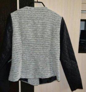 Куртка 48-50(новая)