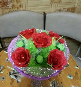 Изготовление букета из конфет