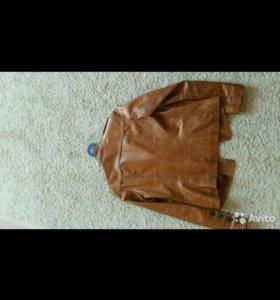 Куртка женская из натуральной кожи Sagitta.