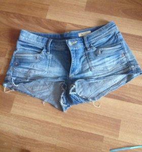 Короткие шорты H&M