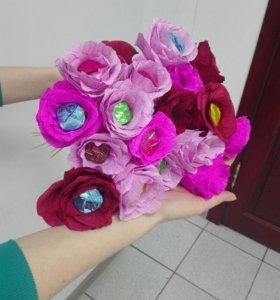 Бумажные цветы на подарок