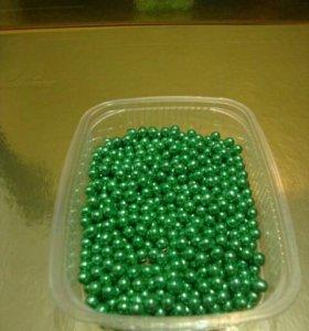 Шарики сахарные зеленые для торта