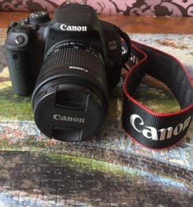 Цифровая фотокамера Canon D700