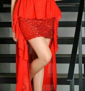 Платье шикарное красное