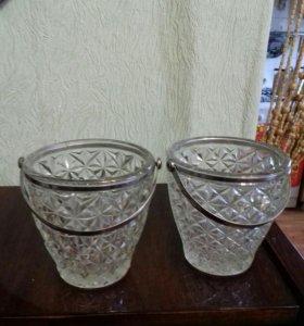 Две вазочки-канфетницы.