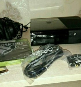 Xbox 360 E 500Gb + gaming headphone