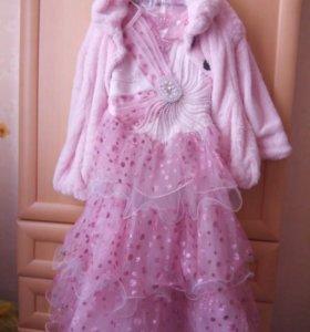 Праздничное платье с легким пальто и перчатками