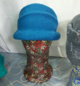 Шляпка новая валяная