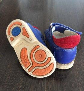 Ортопедические сандали б/у