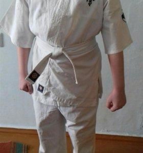 Кимоно KIOKUSHINKAI б/у