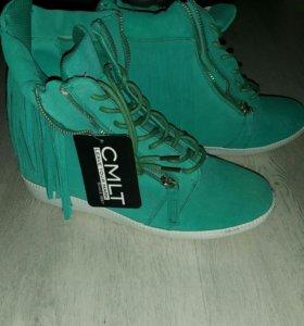 Ботинки новые осенние