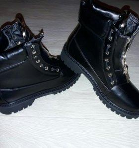 Обувь. Ботинки женские Новые
