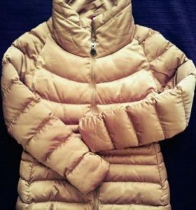 Женская весенняя куртка. Размер М. Новая.
