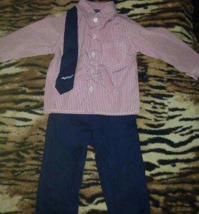 Костюм рубашка с брючками и галстук на мальчика