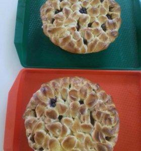 Пироги сдобные с фруктами