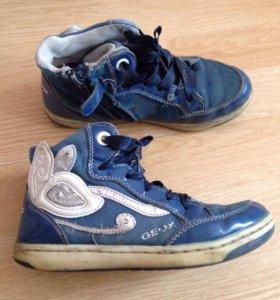 Ботинки Geox Размер 32