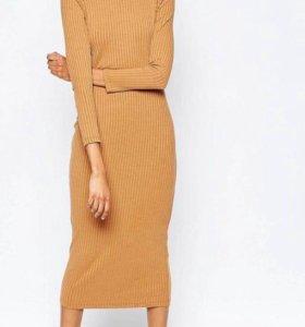 Платье в рубчик новое
