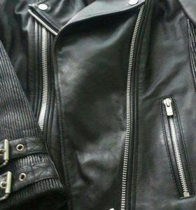 Куртка кожаная, новая. Mango