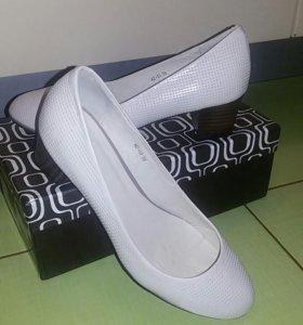 Туфли новые, кожа covani