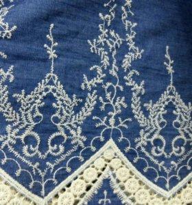 Ткань джинса с вышивкой
